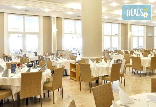 Майски празници в Кушадасъ! 4 нощувки на база All Inclusive в Alkoclar Adakule Hotel 5*, възможност за транспорт, от Вени Травел! - Снимка 14