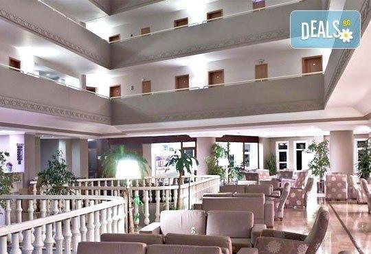 Майски празници в Кушадасъ! 4 нощувки на база All Inclusive в Alkoclar Adakule Hotel 5*, възможност за транспорт, от Вени Травел! - Снимка 11
