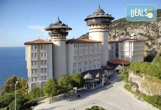 Майски празници в Кушадасъ! 4 нощувки на база All Inclusive в Alkoclar Adakule Hotel 5*, възможност за транспорт, от Вени Травел! - Снимка 21