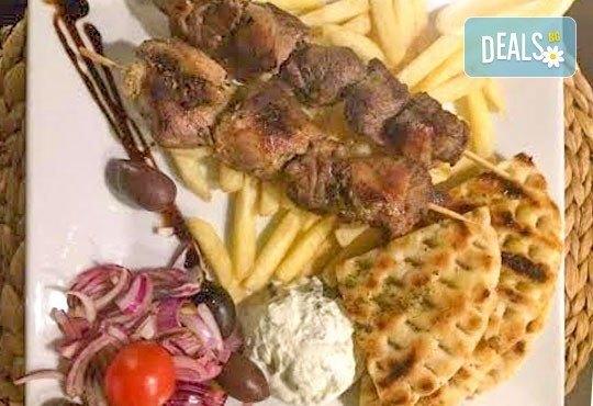 Неустоимо предложение! Пренесете се в съседна Гърция с гръцки специалитет за двама в ресторант MFusion, Варна! - Снимка 2