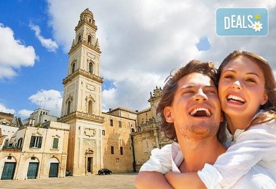 Екскурзия до Бари, Италия през април! 3 нощувки със закуски в централен хотел 3*, самолетен билет и летищни такси! - Снимка 1