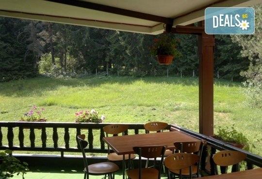 Великден в хотел Тофана 2* в Банско! 3 нощувки със закуски, вечери и празничен Великденски обяд, от Евридика Холидейз! - Снимка 9