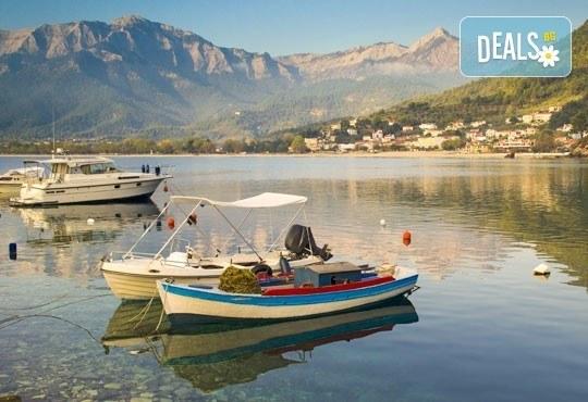Екскурзия през май и юни на остров Тасос в Гърция! 2 нощувки със закуски, транспорт, панорамна обиколка на Кавала! - Снимка 2