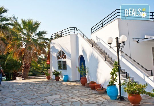 Почивка през май или юни на Халкидики, Гърция! 5 нощувки със закуски и вечери в Theo Bungalows 3*, Kриопиги, от ТА Ревери! - Снимка 7