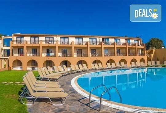 Резервирайте сега почивка през май в Гърция! 3 нощувки на база All inclusive в Messonghi Beach Resort 3*, о. Корфу със собствен транспорт! - Снимка 1