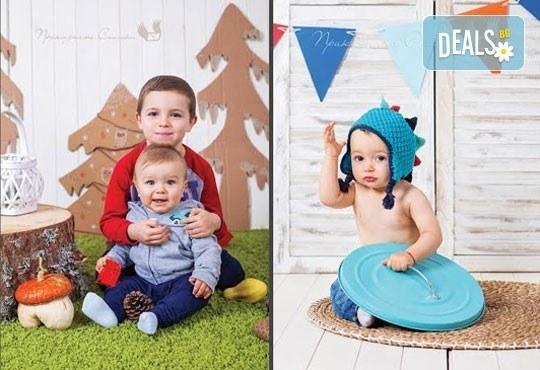 Детска и семейна студийна фотосесия с уникални декори, за деца от 10 месеца до 12 г., от Приказните снимки! - Снимка 12