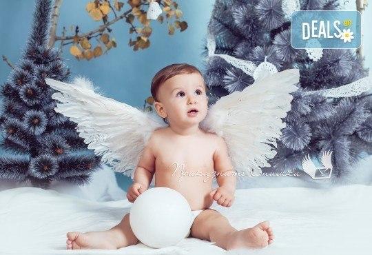 Детска и семейна студийна фотосесия с уникални декори, за деца от 10 месеца до 12 г., от Приказните снимки! - Снимка 22