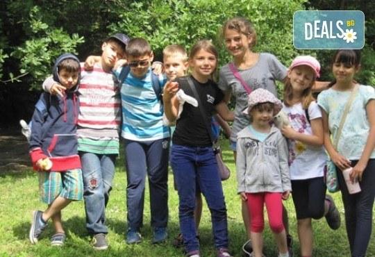 Пролетна ваканция! Целодневна занималня за 1 ден или 1 седмица, за деца от 5 до 11 г. от Детски център Късметлийчета в Младост 1! - Снимка 6