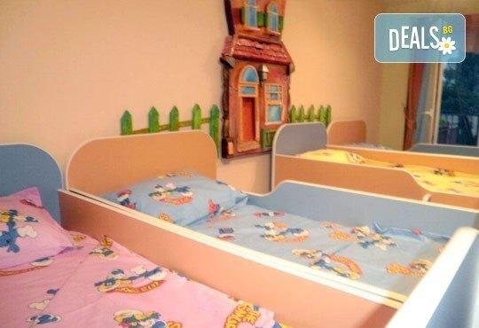 Пролетна ваканция! Целодневна занималня за 1 ден или 1 седмица, за деца от 5 до 11 г. от Детски център Късметлийчета в Младост 1! - Снимка 3
