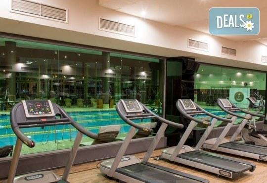 Влезте във форма и се погрижете за себе си! Посещение на фитнес, сауна или басейн в 360 Health Club към хотел Маринела 5*! - Снимка 1