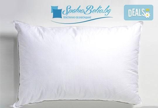 За спокоен и сигурен сън! Възглавница с 500 г силиконов пух, българско производство от SPALNOBELIO.BG! - Снимка 1