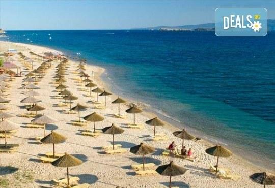 Слънце, узо и море с лятна почивка в Akrathos Beach Hotel 3*+ Халкидики, Гърция! 3/4/5/ нощувки на база All inclusive! - Снимка 16