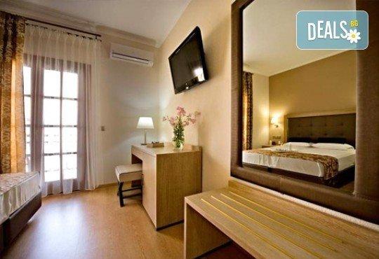 Слънце, узо и море с лятна почивка в Akrathos Beach Hotel 3*+ Халкидики, Гърция! 3/4/5/ нощувки на база All inclusive! - Снимка 4