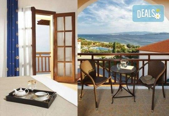 Слънце, узо и море с лятна почивка в Akrathos Beach Hotel 3*+ Халкидики, Гърция! 3/4/5/ нощувки на база All inclusive! - Снимка 6