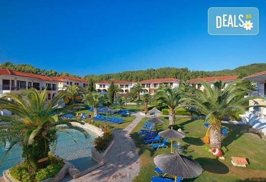 В разгара на лятото почивайте в Chrousso Village Hotel 4*, Касандра, Гърция! 5 нощувки на база All Inclusive, безплатно за дете до 13г.! - Снимка 10