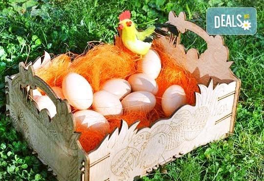 Внесете уют за празника - декорирайте смело! Дървена щайгичка с пирографирани великденски яйца от Gift Express! - Снимка 3