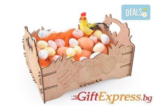 Внесете уют за празника - декорирайте смело! Дървена щайгичка с пирографирани великденски яйца от Gift Express! - Снимка 1