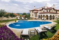 април-май в СПА хотел Хевън 4*, Велинград: 2/3 нощувки със закуски и вечери