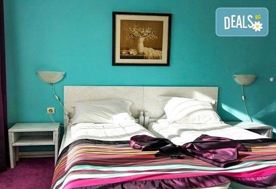 Почивка в семеен хотел Грами 3*, Банско! 1 нощувка в двойна стая или апартамент, изхранване по избор, безплатно за дете до 6,99 г. - Снимка 5