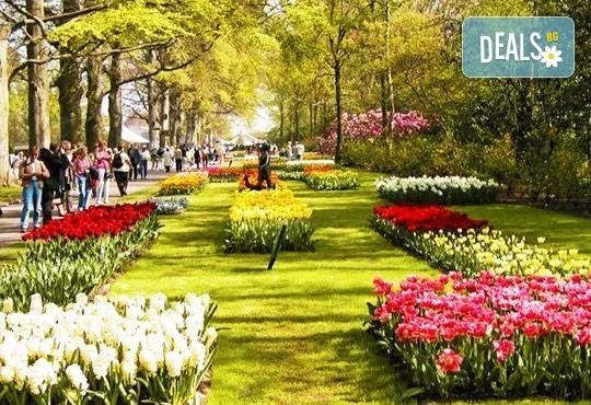 Потвърдена екскурзия до Истанбул за Фестивала на лалето! 3 нощувки със закуски в хотел 3*, транспорт и екскурзовод! - Снимка 1