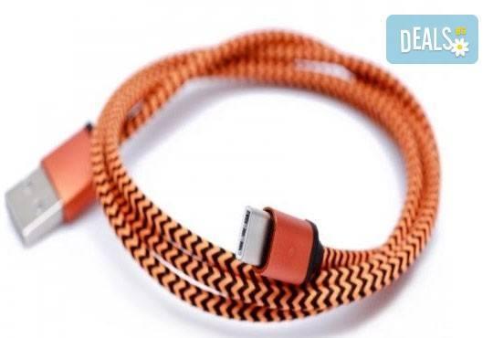 Дръжте необходимия аксесоар наблизо! Висококачествено алуминиево зарядно за автомобил и кабел за Apple или Android от Деоро! - Снимка 6
