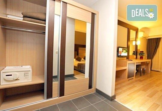 Почивка със самолет в Анталия! 7 нощувки, All Inclusive в Primasol Telatiye Resort Hotel 5*, двупосочен билет, летищни такси и трансфери - Снимка 4