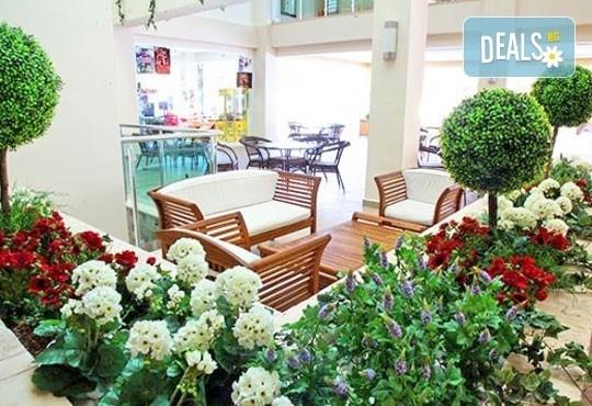 Почивка със самолет в Анталия! 7 нощувки, All Inclusive в Primasol Telatiye Resort Hotel 5*, двупосочен билет, летищни такси и трансфери - Снимка 5