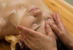 Дълбоко релаксиращ болкоуспокояващ масаж плюс масаж на скалп Senses Massage & Recreation