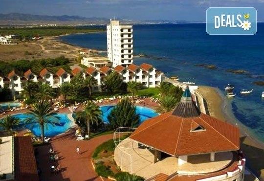 Почивка в Северен Кипър! 7 нощувки на база All inclusive в Salamis Bay Conti Resort Hotel & Casino 5* и самолетен билет от Истанбул! - Снимка 2