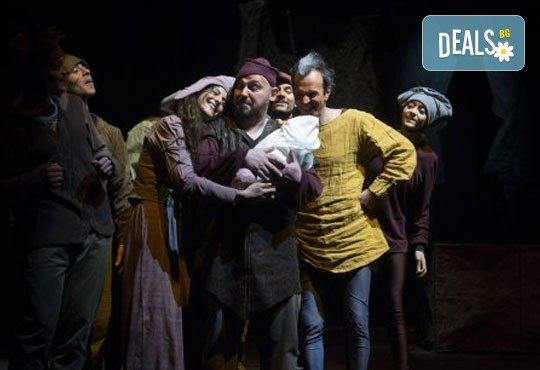 Гледайте премиерния спектакъл ''Роня, дъщерята на разбойника'' в Театър ''София'' на 13.04. от 19ч. - билет за двама! - Снимка 4