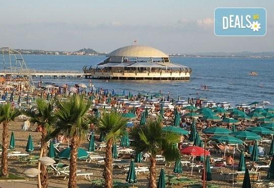 На море в Албания през май или юни! 7 нощувки със закуски и вечери в Hotel Dollari 3* или Hotel Elba 4* в Дуръс, транспорт! - Снимка 4