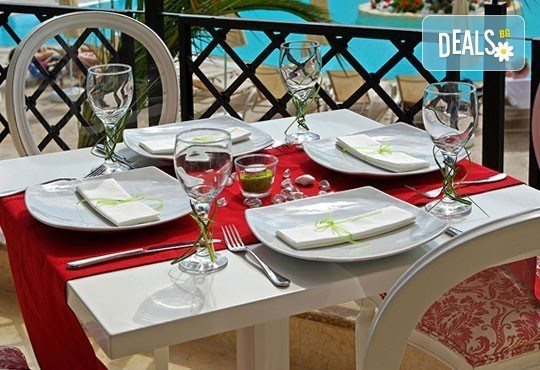 През май в Mediterranean Princess 4*, Олимпийска Ривиера, Гърция! 3 нощувки със закуски и вечери, безплатно за дете до 7г.! - Снимка 12