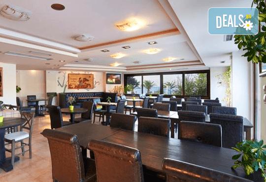 Почивка в Toroni Blue Sea hotel 4*, Ситония от април до септември! 3, 4, 5 нощувки, закуски и вечери с Океания Турс! - Снимка 13