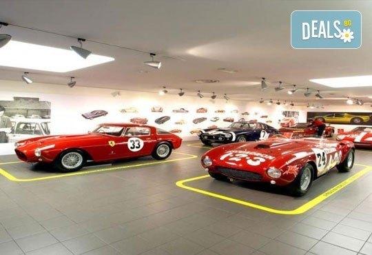 BMW, Mercedes-Benz, Ferrari и още! 5 дни в света на автомобилите с Дари Травел! 3 нощувки със закуски, хотели 2/3*, транспорт и програма! - Снимка 2