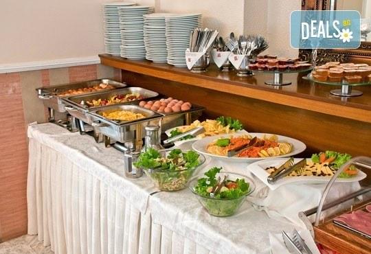 През юни или септември в Alkionis Hotel 2*, Халкидики, Гърция! 3 или 5 нощувки със закуски и вечери, безплатно за дете до 2г.! - Снимка 17