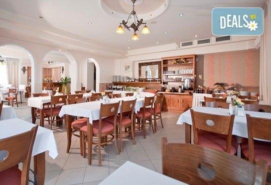 През юни или септември в Alkionis Hotel 2*, Халкидики, Гърция! 3 или 5 нощувки със закуски и вечери, безплатно за дете до 2г.! - Снимка 12