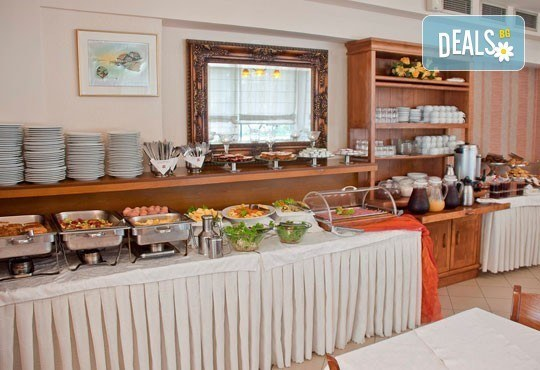 През юни или септември в Alkionis Hotel 2*, Халкидики, Гърция! 3 или 5 нощувки със закуски и вечери, безплатно за дете до 2г.! - Снимка 13