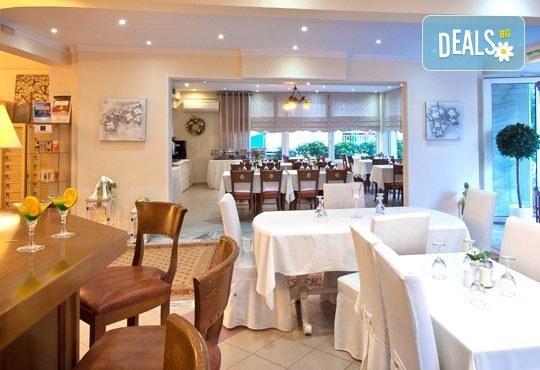 През юни или септември в Alkionis Hotel 2*, Халкидики, Гърция! 3 или 5 нощувки със закуски и вечери, безплатно за дете до 2г.! - Снимка 19