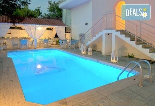 През юни или септември в Alkionis Hotel 2*, Халкидики, Гърция! 3 или 5 нощувки със закуски и вечери, безплатно за дете до 2г.! - Снимка 21