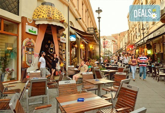 Уикенд в Букурещ, Румъния! 1 нощувка със закуска, панорамна обиколка, водач и транспорт от Молина Травел! - Снимка 4