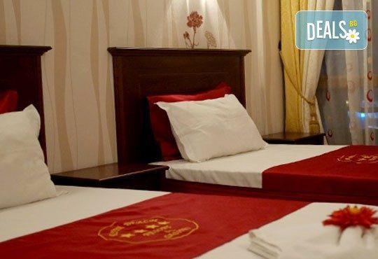 Резервирайте сега Вашата лятна ваканция в Китен Бийч! 1 нощувка на база All inclusive, безплатно за дете до 5.99 г. - Снимка 4
