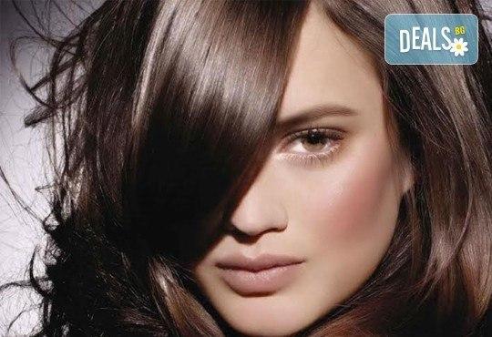 Добавете свежи нюанси в косата! Боядисване с професионална боя, маска и оформяне на косата със сешоар от СПА студио Кадифе! - Снимка 6