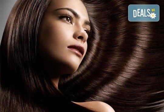 Добавете свежи нюанси в косата! Боядисване с професионална боя, маска и оформяне на косата със сешоар от СПА студио Кадифе! - Снимка 10