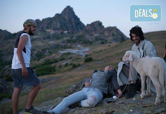 Двоен билет за филма Обожение, рок концерт и дегустация на вина Tikves на 16-ти април (събота) в Дом на киното - Снимка 6