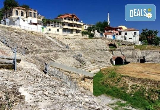 На море в Албания през май или юни! 5 нощувки със закуски и вечери в Дуръс, транспорт и посещение на Елбасан! - Снимка 9