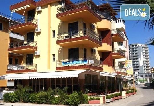 На море в Албания през май или юни! 5 нощувки със закуски и вечери в Дуръс, транспорт и посещение на Елбасан! - Снимка 3