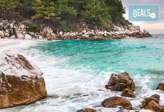 Почивайте през септември в Lena 2*, о. Тасос, Гърция! 7 нощувки със закуски и възможност за транспорт от София Тур! - Снимка 1