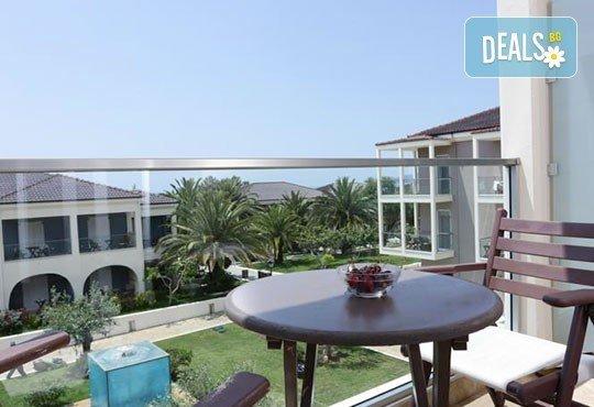 През май почивайте в Alexandra Beach Spa Resort 4* на o. Tасос, Гърция! 3/5 нощувки със закуски и вечери, безплатно за дете до 12.99г. - Снимка 9