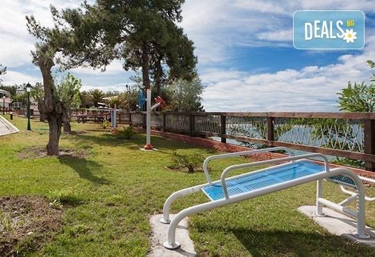 През май почивайте в Alexandra Beach Spa Resort 4* на o. Tасос, Гърция! 3/5 нощувки със закуски и вечери, безплатно за дете до 12.99г. - Снимка 22