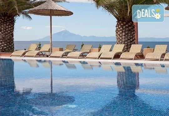 През май почивайте в Alexandra Beach Spa Resort 4* на o. Tасос, Гърция! 3/5 нощувки със закуски и вечери, безплатно за дете до 12.99г. - Снимка 18